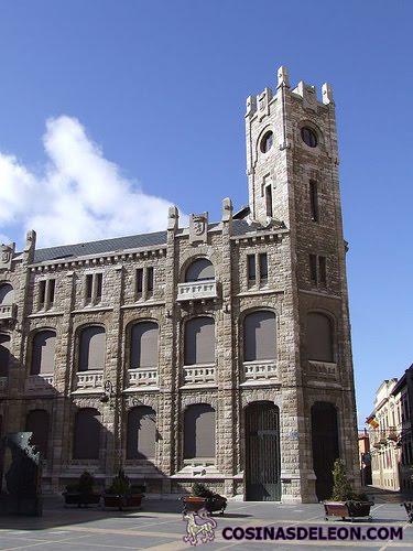Edificio de correos y tel grafos cosinas de leon for Edificio correos madrid