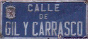 Calle Gil y Carrasco placa