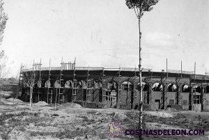 Plaza de Toros de León - construcción